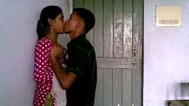 Cutie girlfriend lets boyfriend amorous