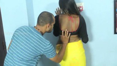 Tamil aunty fucked by hubby�s friend