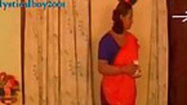 Desi sexy shakeela peeping love game very interesting
