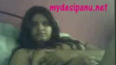 Extremely hot gujrati girl nadia on cam2