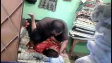 Free sex scandal mms of bhabhi fucked by hubby's friend on cam