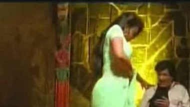 Tamil Beauty In Sex Video