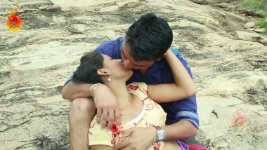 Igatpuri mallu girl outdoor romance with lover