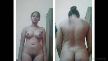 Tamil Nadu South Indian bhabhi exposed her busty naked figure on demand
