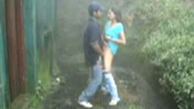 Indian Desi College Girl Fucking Outside Hostel With Boyfriend