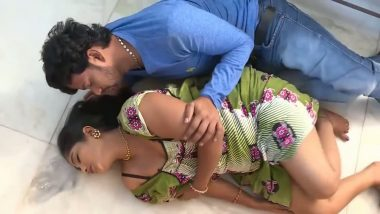 Indian bhabhi first time performed in bollywood sex movie