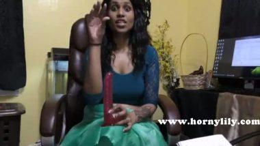 Mallu bhabhi Radhika's online sex chat with dildo