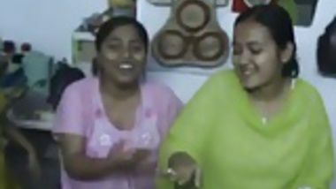 Bangladeshi Hostel Girl Dancing