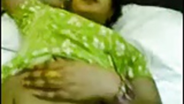 Bangla or Nepali singing bhabhi being fingered for fuck