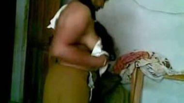 Aunty saree sex with devar at home after bath