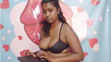 Indian Hotie Sneak Peek