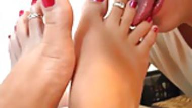 Sexy foot worship