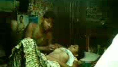 Gujarati village sex teen girl fucked by cousin