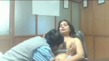 Indiansex mature aunty office sex with boss
