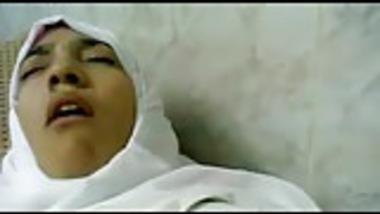 Desi paki medical student fucked by ambulance driver