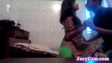 Indian sex video of a teen virgin girl