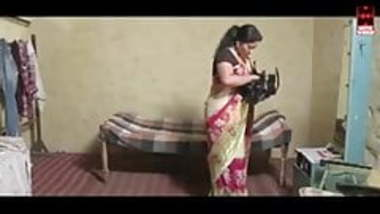 Tamil girl seducing hot