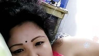 Bengali slut on webcam 2