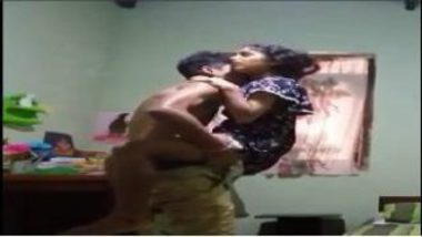 Sexy Tamil College Girl's MMS