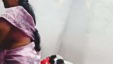 Neeru bhabhi cleavage