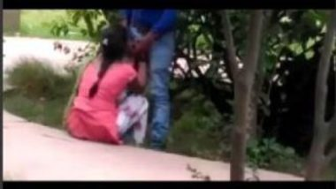 Caught Indian Lovers Having Secret Sex In Park On Cam