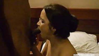 Indian Fetish Bhabhi Simran Sucking Young Desi Lover Big Coc