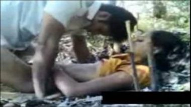 Wild Desi Sex Of Young Hot Girl And Boyfriend Inside Jungle