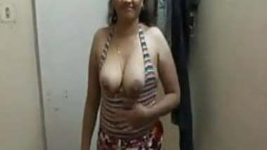 Indian Aunty 1301