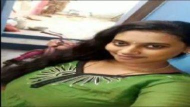 Horny Telugu Aunty Showing Big Boobs To Neighbor