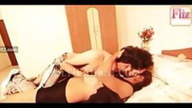 Desi Padoshan web series sex Scene